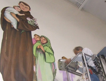 St. Anthony's dedicating mural on Sunday