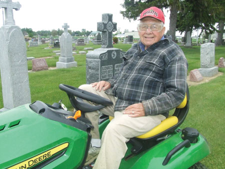 Leipsic man mows cemetery for over 60 years