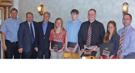 Four students receive Rieman scholarship